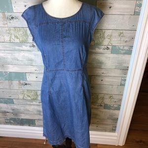 Lafayette148 dress size small